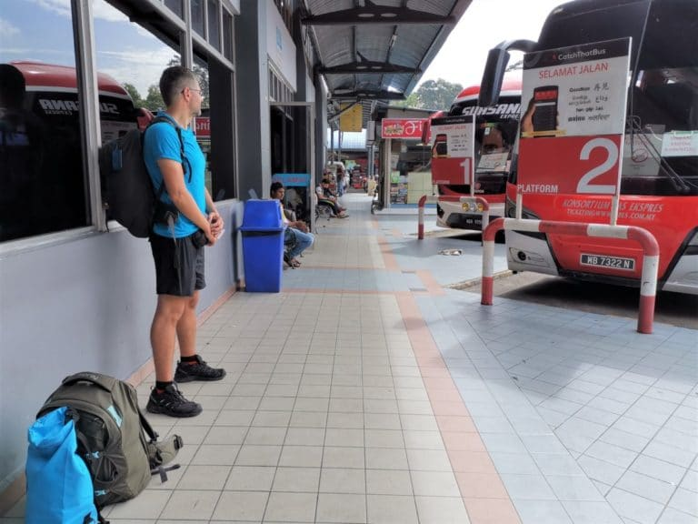 Backpacking Malaysia Busbahnhof