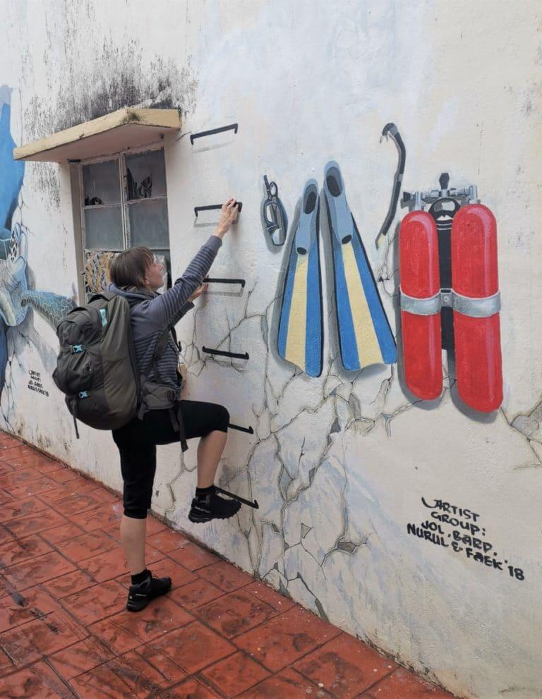 Backpacking Malaysia Handgepäck Streetart