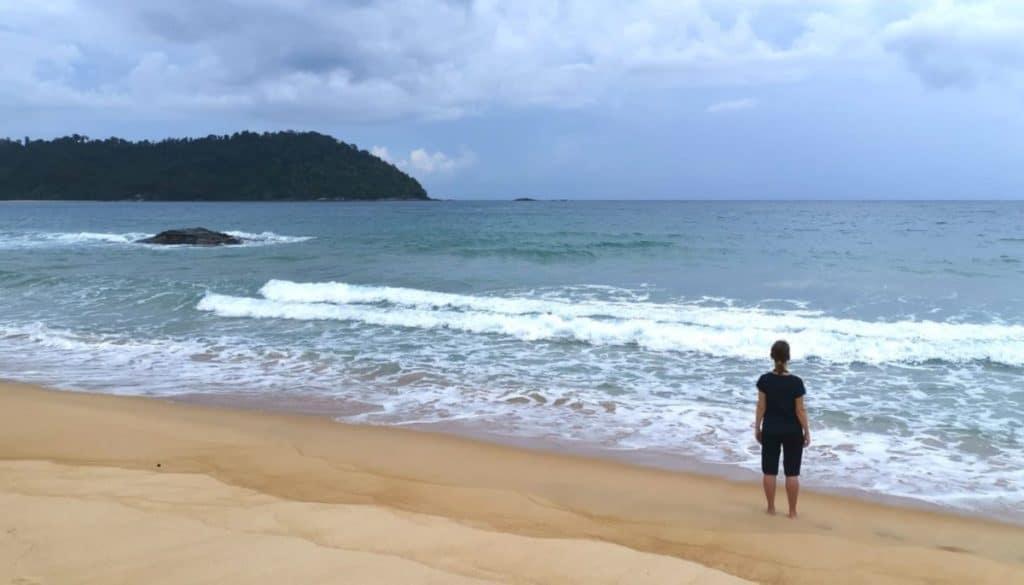 Malaysia Pulau Tioman Strandwanderung