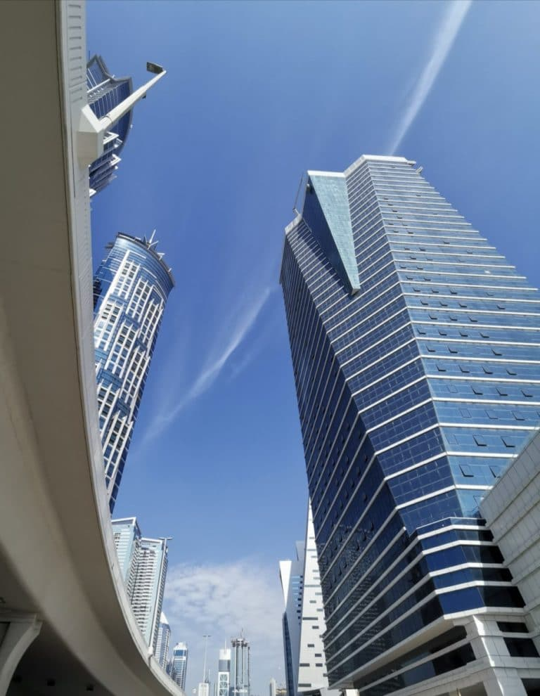 Dubai günstig Stadt Himmel