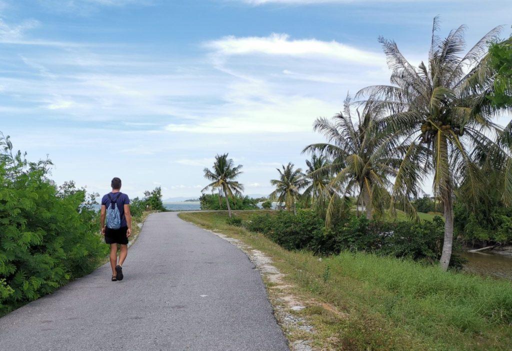 Reisebericht Malaysia Straße am Meer