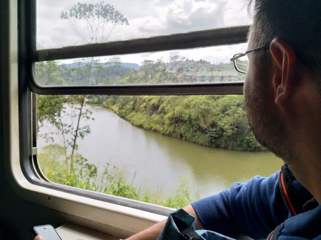 Backpacking in Sri Lanka - Zug nach Kandy