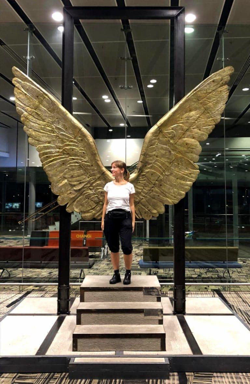 Stopover Singapur Engel am Flughafen