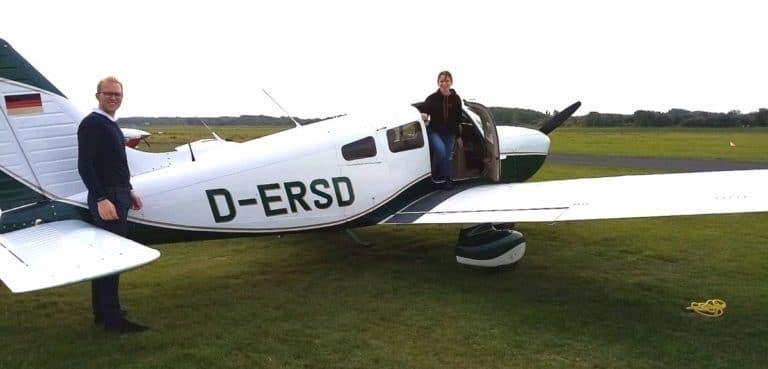 Borkum Flugplatz Einstieg Piper