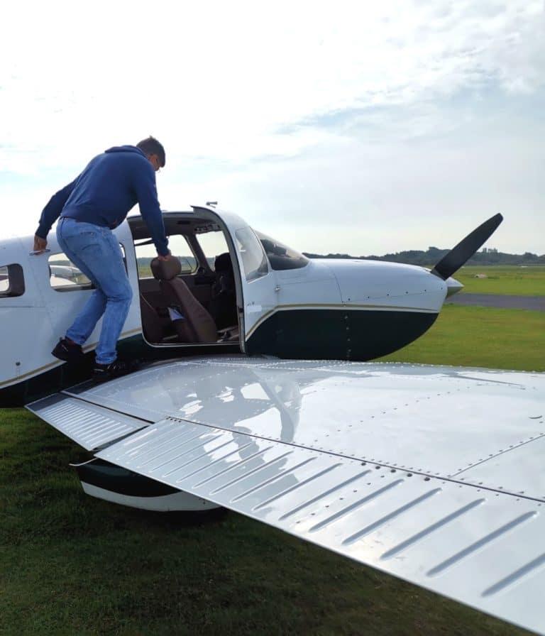 Borkum erleben Flugzeug Einstieg